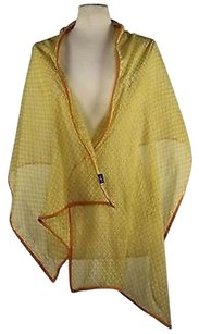 2 Chic Chic Womens Yellow Printed Scarf One 68quot X 22quot 100 Cotton
