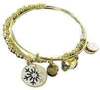 Alex and Ani Alex And Ani A15hclsnflyg Holiday Snowflake Set Expandable Bracelet Gold-tone