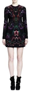 Alexander McQueen short dress Black Jewel Neckline Longsleeve Sheath Shift Shift Virgin Wool Wool Polyamide Printed Feather Print Multicolor Red Green on Tradesy