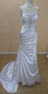 Alfred Angelo 2520 Wedding Dress