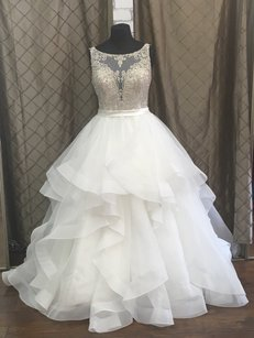 Allure Bridals C380 Wedding Dress