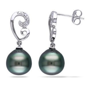 Amour Amour 10k White Gold Tahitian Black Pearl And Diamond Earrings 9-9.5 Mm