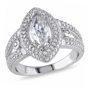 Amour Silver White Cubic Zirconia Ring W Marquise Shaped Center Stone