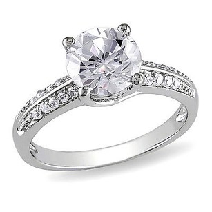 Amour Sterling Silver 45 Ct Tgw White Cubic Zirconia Engagement Ring