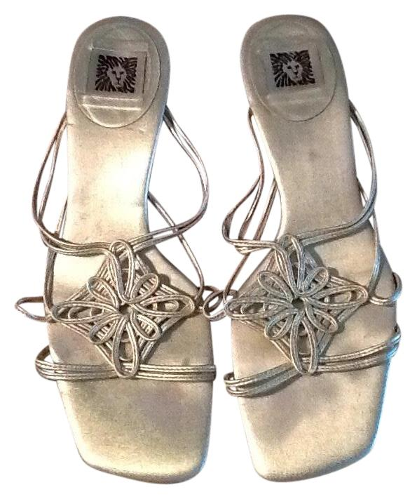 Anne Klein Gold Sandals Size B) US 7.5 Regular (M, B) Size bd4dcf