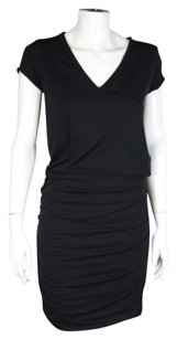 Athleta short dress Black Womens V Neck Short Sleeve Shift Below Knee on Tradesy