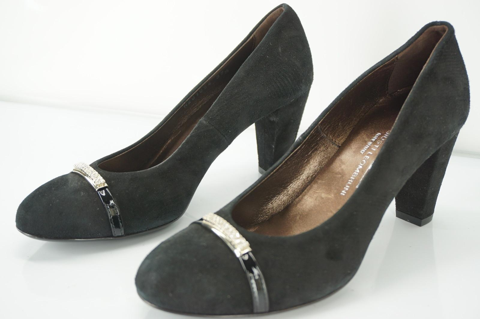 AGL Suede Round-Toe Pumps free shipping best place Cheapest online cheap sale countdown package oIIyPwNQv