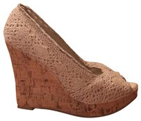 Bakers beige Wedges
