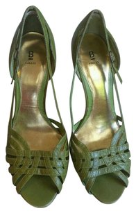 Bakers Leather Green Pumps