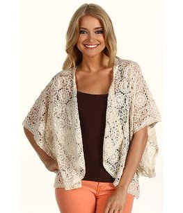 BB Dakota Vintage Cover Up Cape