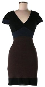 BCBGMAXAZRIA Color-blocking V-neck Shift Dress