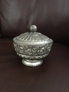 Bergdorf Goodman Vintage jewelry bowl tray urn