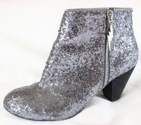 Betsey Johnson Ankle Glitter Ss Boots