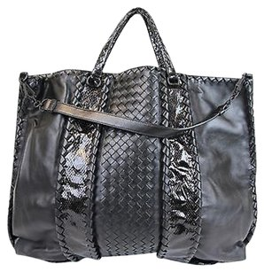 Bottega Veneta Nappa Leatherpython Tote in Black