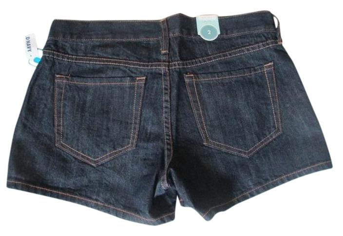 "Brand new with Tags. Old Navy Diva Low Rise 100% Cotton. Size 2 Jean Shorts. Waist: 32"". Rise: 8"". Inseam: 3.5"" . 100% Cotton. Free Shipping."