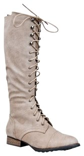 Breckelle's Changeto35 Closed-toe Outlaw13ice-9 Beige Boots