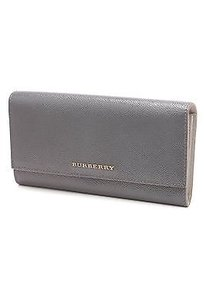 Burberry Burberry Gray Patent Leather Porter Continental Wallet