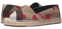 Burberry Espadrille New In Box Fashion Iconic Burberry Tartan with Red Hearts Flats