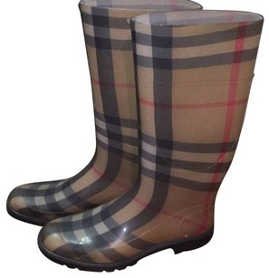 Burberry London Check Boots
