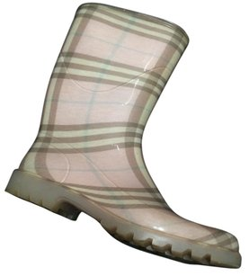 Burberry Tan Rubber Rainboot Pink Boots
