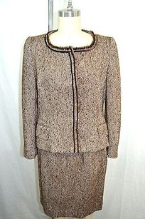 Carolina Herrera Carolina Herrera Brown Tweed Velvet Trim Snap Button Skirt Suit