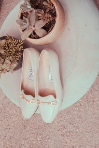 Céline Vtg Leather Gold Horseshoe Almond Toe Loafer Low Heel White Pumps