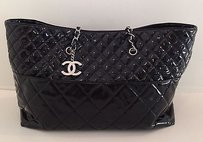 Chanel Quilted Cc Tote in Black