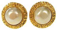 Chanel Authentic CHANEL Logos Earrings Imitation Pearl Gold-tone Clip-On France 08H383