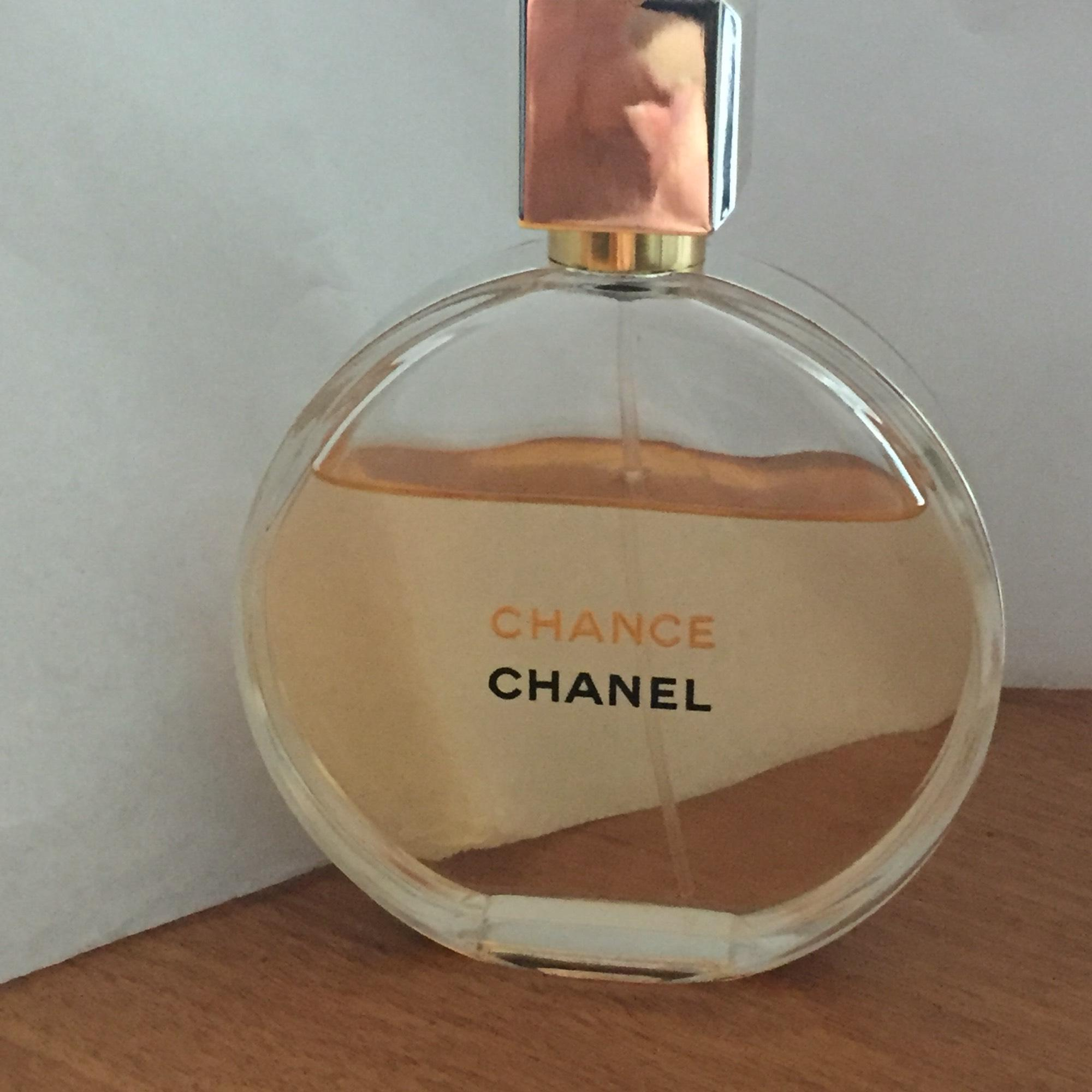 Chanel Chance Eau de Parfum spray 3.4 oz