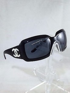 Chanel Chanel 5076-h Black Square Mother Of Pearl Cc Sunglasses