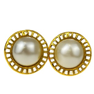 Chanel CHANEL CC Earrings Clip-On Imitation Pearl 2 8 Gold-Tone Accessory