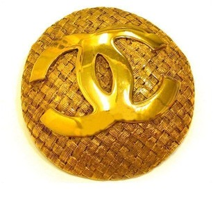 Chanel Chanel Gold Broaches
