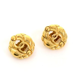 Chanel Chanel Gold Tone CC Logo Earrings