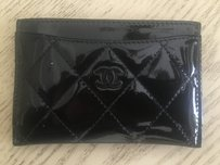 Chanel Chanel Patent Quilted Cardholder