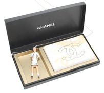 Chanel Coco Figurine + Flip Book 211713