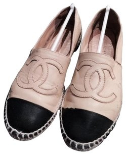 Chanel Espadrilles Leather And Black Cc Beige Flats