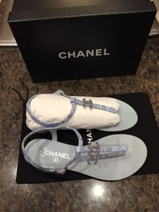 Chanel 15p White Thong Blue Sandals