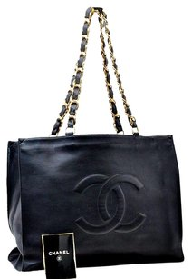 Chanel Lamb Skin Cc Tote in Black