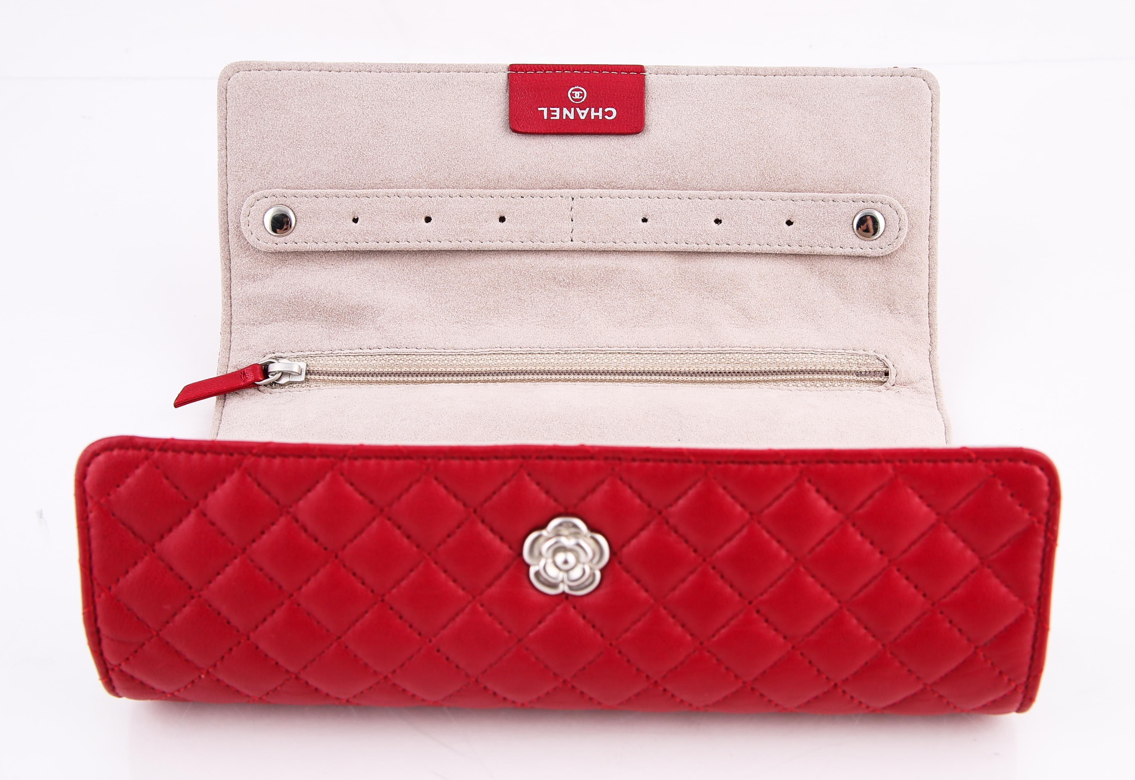 Chanel Trifold Jewelry Case Wallet Tradesy