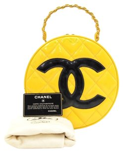 Chanel Vintage Quilted Patent Hobo Bag