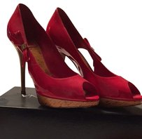 Christian Dior Red Pumps