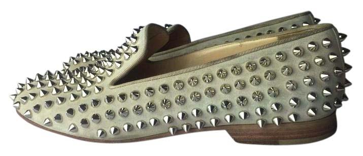 Christian Louboutin Beige Rolling Spiked Suede Loafers Euro 38 / Flats Size US 8