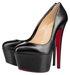 Christian Louboutin Daffodi Black Pumps
