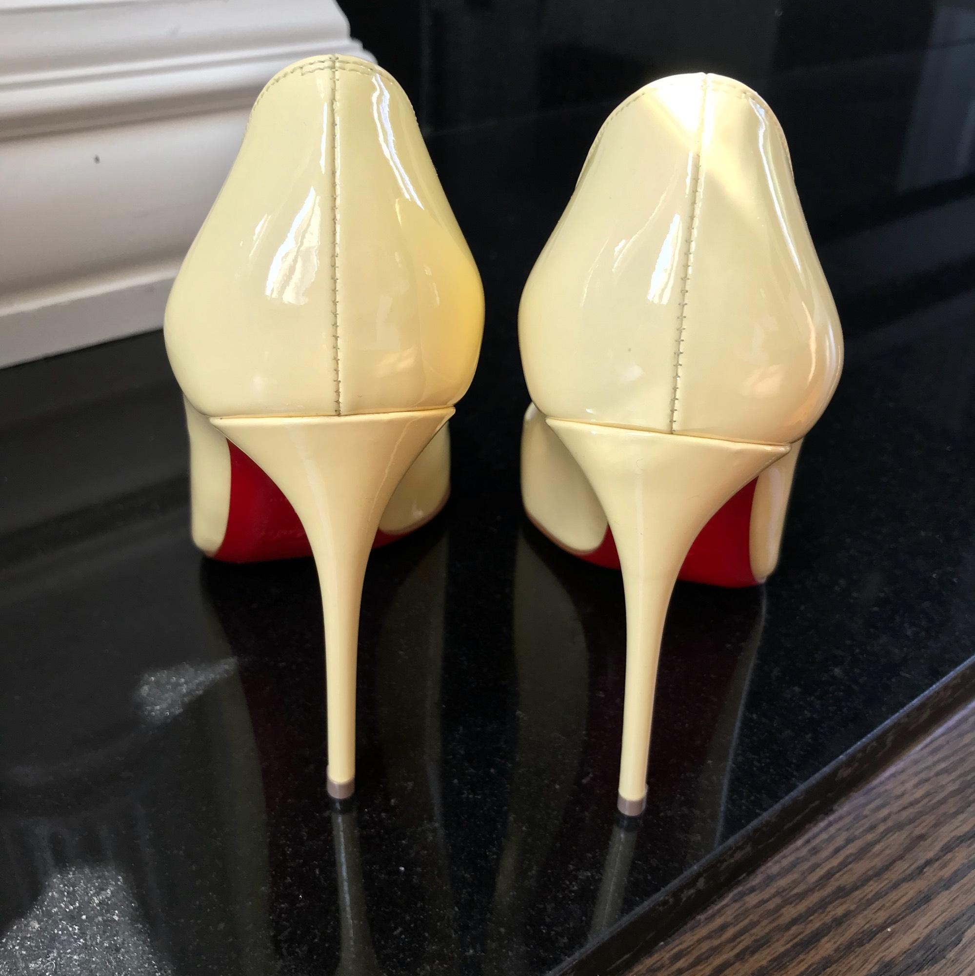 f0919e025ed ... Christian Louboutin Yellow Pigalle Pigalle Pigalle Follies Patent  Vanille Stiletto Pumps Size EU 37 (Approx ...