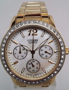 Citizen Citizen Womens Swarovski Crystal Quartz Mother Of Pearl Dial Watch Ed8092-58d