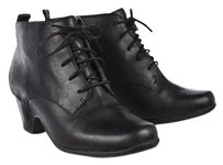 Clarks Artisan Womens Ankle Leather Lace Up Heels Black Boots