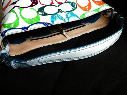 Coach Louis Vuitton Dooney Bourke Gucci Channel Rare Vintage Tote in Multi-Color/White