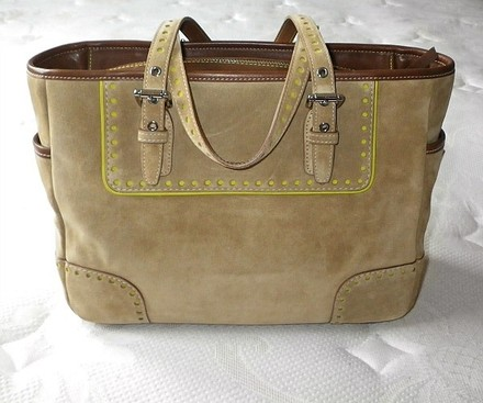 Coach Louis Vuitton Dooney Bourke Gucci Channel Rare Vintage Satchel in Camel Tan