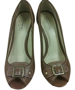 Coach Peep Toe Heels Leather Made In Italy Carmel Pumps
