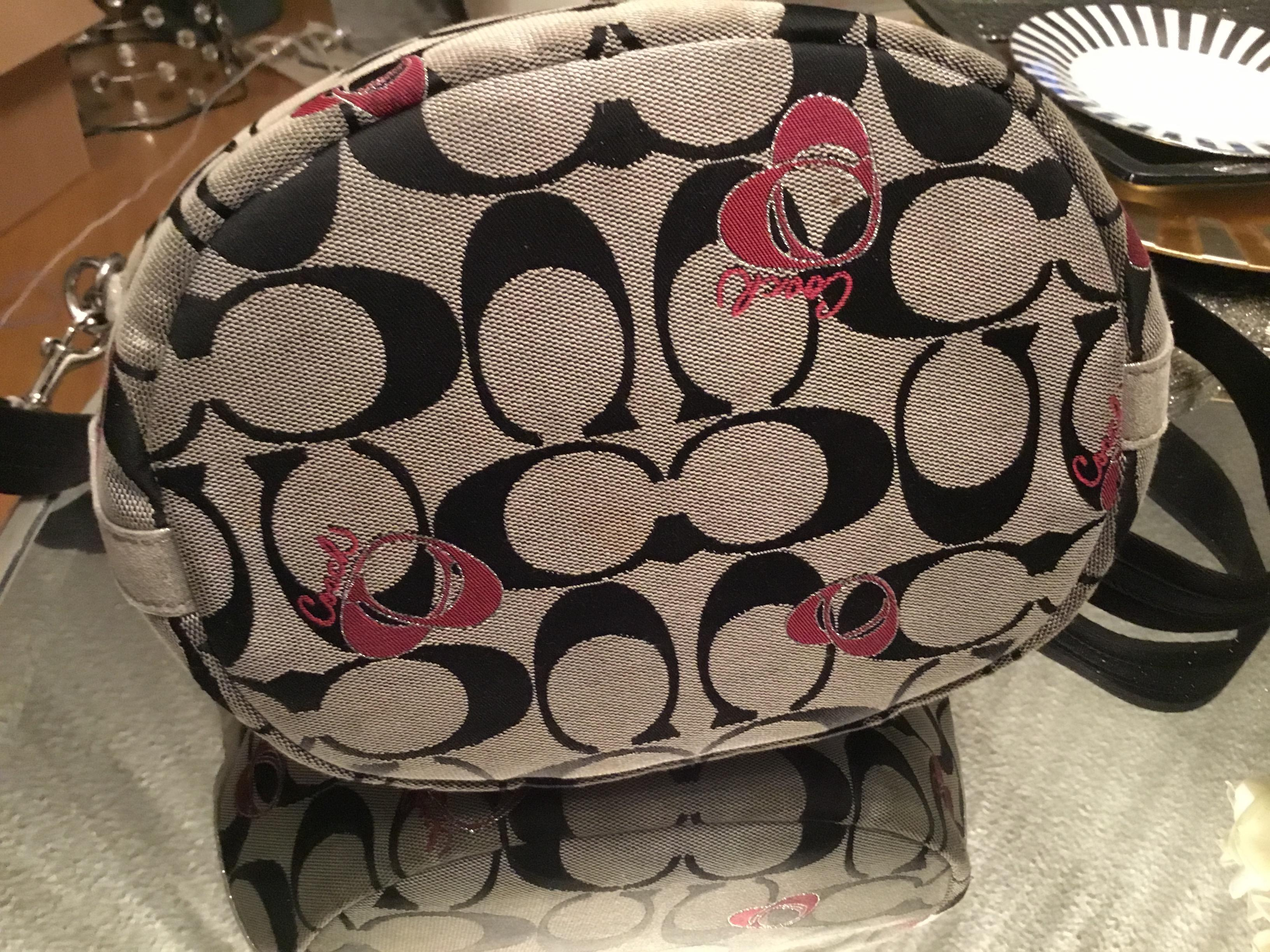 38d152e0a07 ... greece coach poppy black monogram and hearts bucket canvas shoulder bag  tradesy 62f59 55d4a